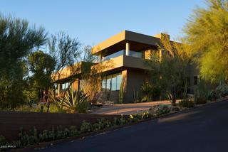 PHOTOS: Paradise Valley home sold for $4.25M