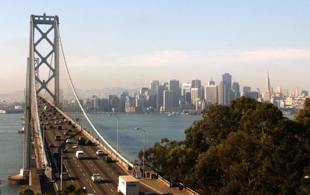 San Francisco power outage snarls traffic shuts rail station