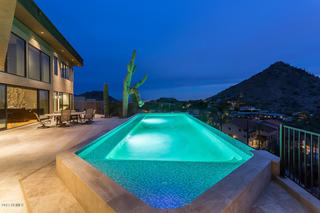 PHOTOS: Paradise Valley home sold for $2.38M