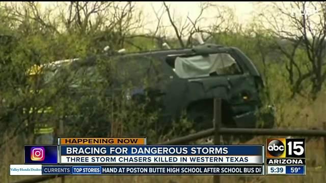 Peoria man among 3 killed chasing tornado