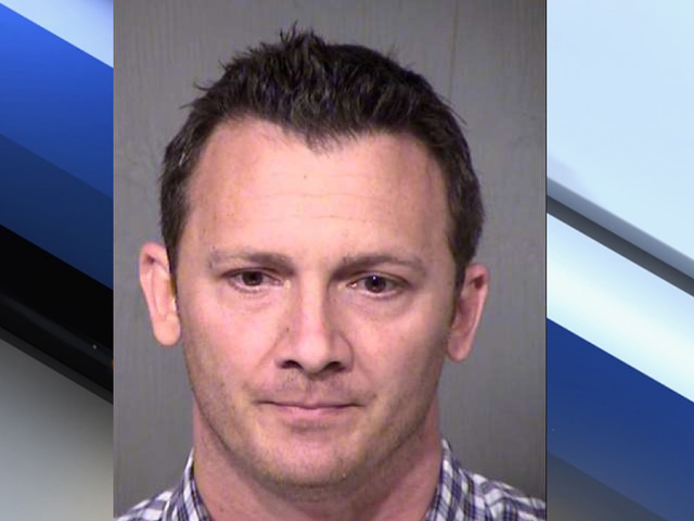 Arizona man accused of stealing a woman's purse on 1st date