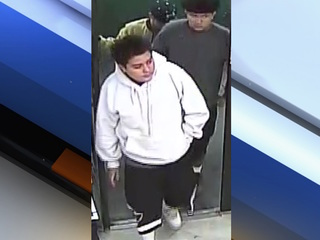 Men armed with gun rob Circle K in west Phoenix