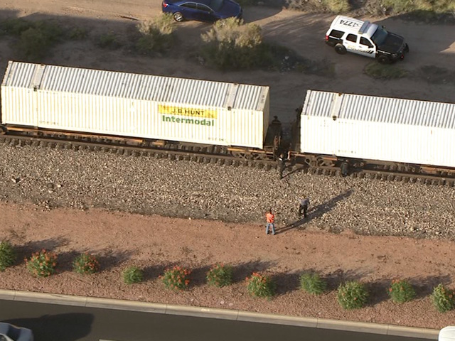 PD: Person struck, killed by train in Peoria