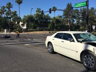 One killed in Gilbert crash, PD investigating
