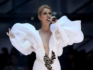 CLIP: Celine Dion performs 'My Heart Will Go On'