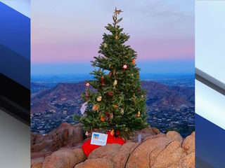 PHX panel recommends end to Camelback Xmas tree