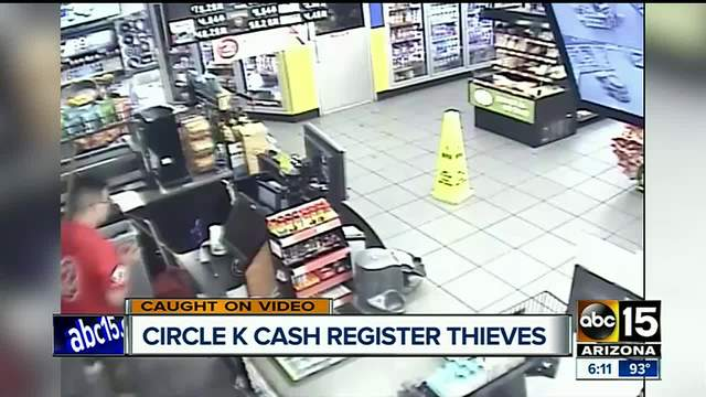 VIDEO- Men steal cash register from convenience store