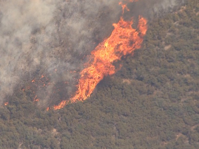 Goodwin Fire Burns Acres Contained Towns Evacuated - Fire map southeast us