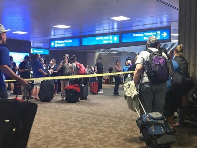 Suspicious item closes part of Terminal 4 at Phoenix airport