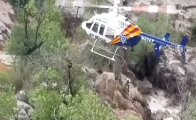 Flash flood kills 9 in Arizona