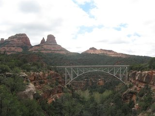 Child falls 65 feet, dies on Sedona trail