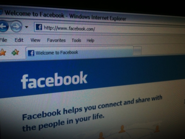 Facebook: Making it easier for users' to find their privacy tools