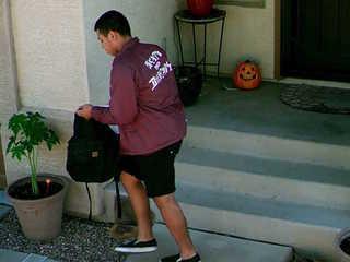 Package thief sought in El Mirage