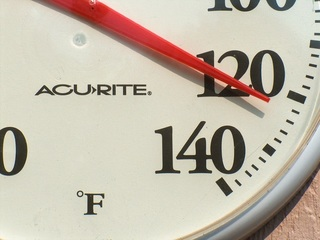 Open cooling centers in Kern County