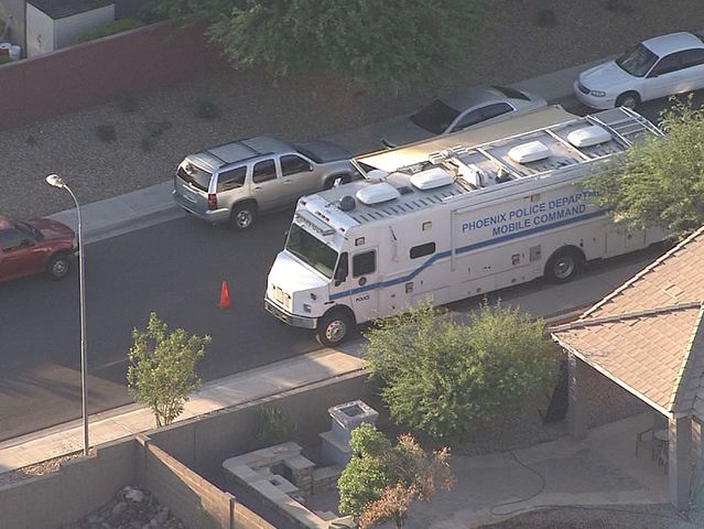 PD: 2 dead in shooting near 51st Ave/Baseline Rd
