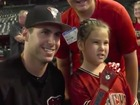 Girl throws out 1st pitch with 3D-printed hand
