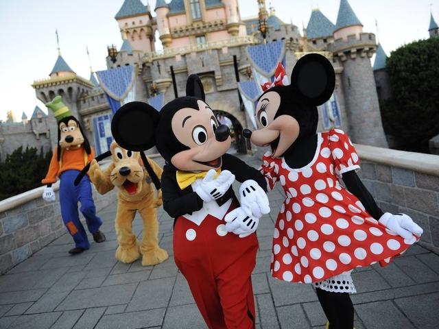 Mickey Minnie And Goofy In Disney Orgy Video
