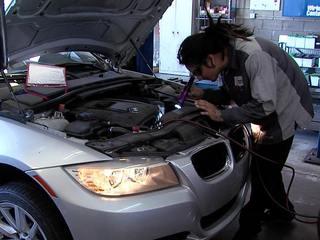 Company designs auto repair technology