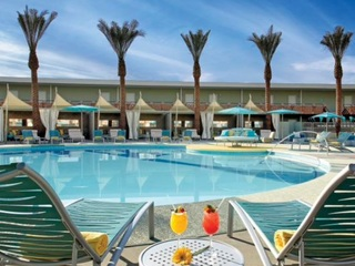 Get a free night at Hotel Valley Ho