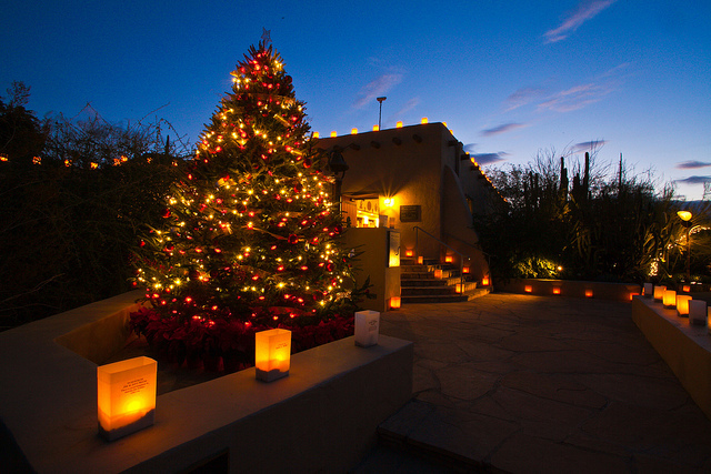 Holiday Light Displays In Phoenix Where To See The Best Holiday Displays Around The Valley