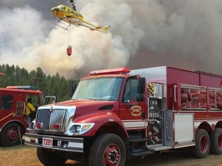 Crew forced to deploy shelters at Cedar Fire