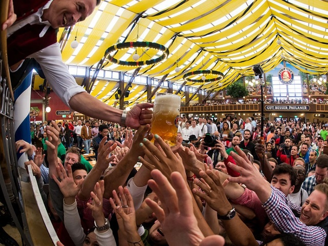 Visitors reach for one-litre glasses of free beer to kick off the 2016 Oktoberfest beer festival in the Paulaner tent at Theresienwiese on September 17 ...  sc 1 st  ABC15 Arizona & Cheers! 11 Oktoberfest festivals to check out around Arizona ...