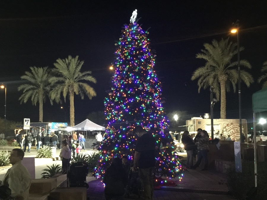 Tree-lighting Events In Phoenix: 15 Tree-lighting
