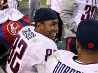 Congrats, eh? Former UA receiver wins Grey Cup