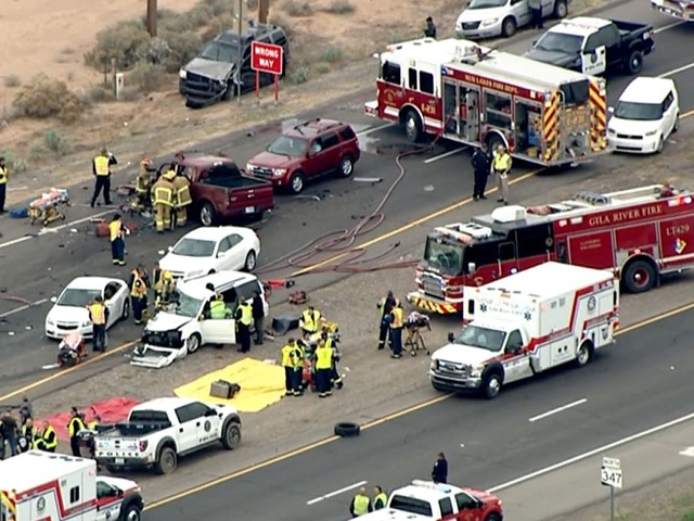 Fd 1 killed 15 others injured in 10 car wreck on state for Department of motor vehicles chandler arizona