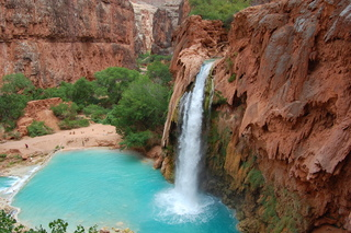 8 must-see waterfalls in the West
