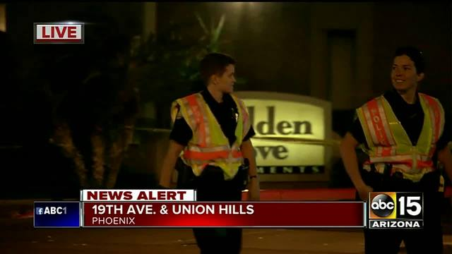 Phoenix Police Pedestrian Killed In Hit And Run Crash Chevy Silverado Sought