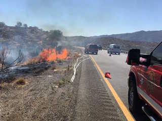 Brush fire causing traffic delays on I-17