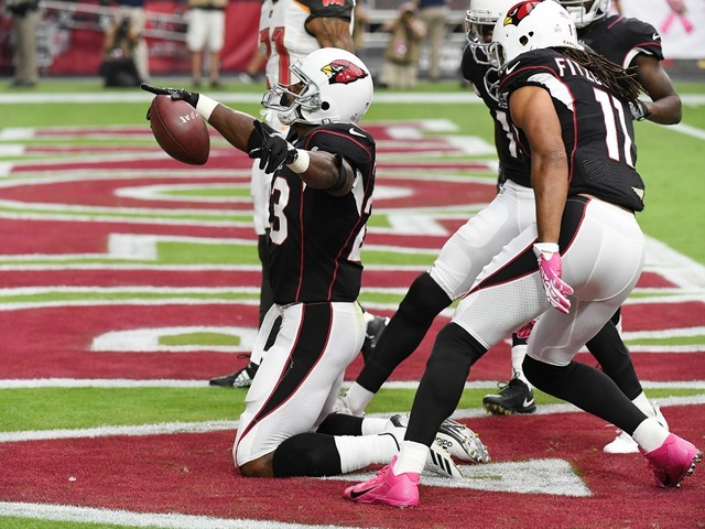 Watch adrian peterson has monster 1st half in arizona cardinals adrian peterson 23 of the arizona cardinals celebrates in the endzone after a 27 yard rushing touchdown against the tampa bay buccaneers during the first voltagebd Image collections