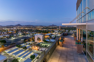 Pricey! Phoenix home recently sold for $825,000