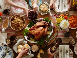 List restaurants open on thanksgiving day around phoenix for Places open on christmas day near me