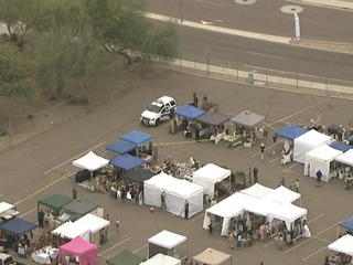 PD: Person shot during dog fight in N. Phoenix