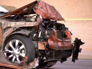Phoenix FD: Woman dies after head-on crash