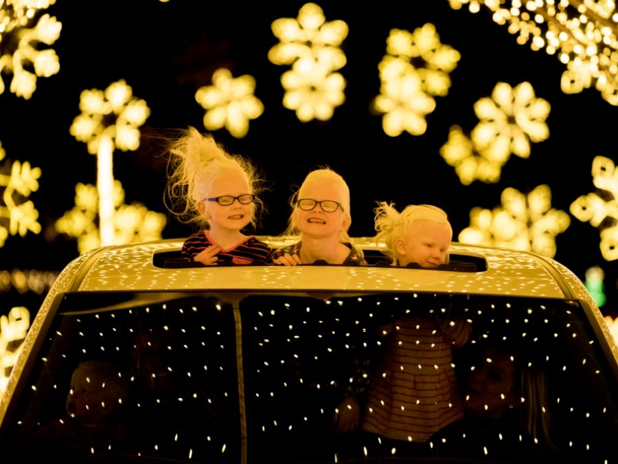 Christmas In Color.Map Holiday Light Displays You Have To See Around The Valley