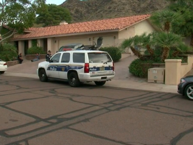 PD: Two found dead inside Phoenix house