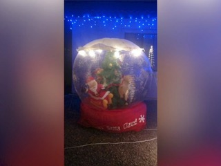 Why? Thieves steal decorations from Valley home