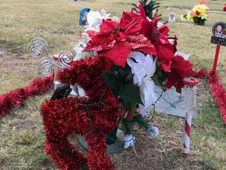 Woman's wallet stolen while visiting dad's grave