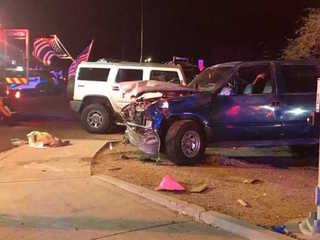 FD: 3 dead, 2 injured in Apache Junction crash