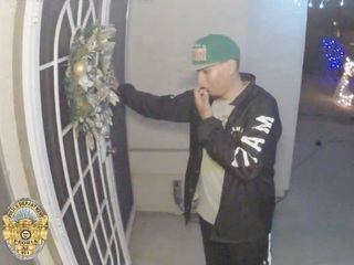 Peoria police seek burglar caught on video