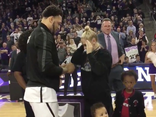 Watch Gcu Basketball Player Proposes To Girlfriend Before Big Game