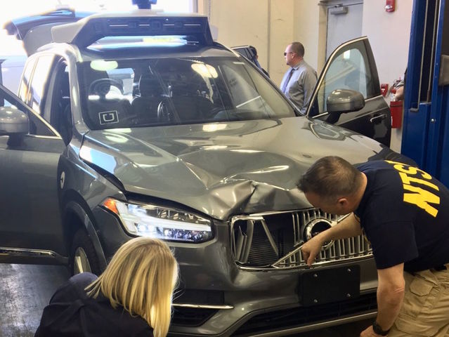 Uber's driverless cars said to lag behind competitors