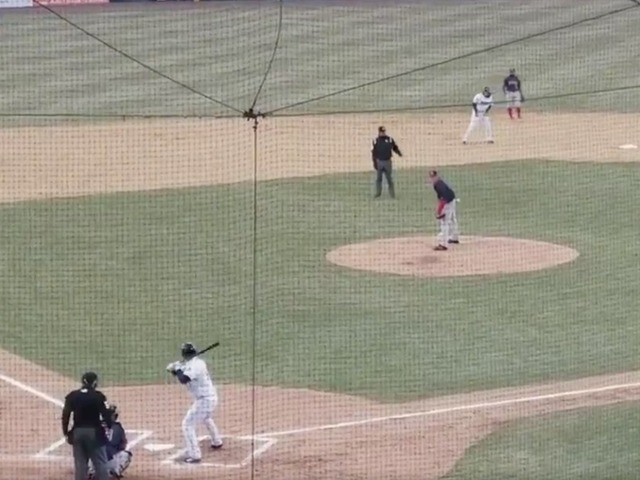Tim Tebow hits home run in first Double-A at-bat