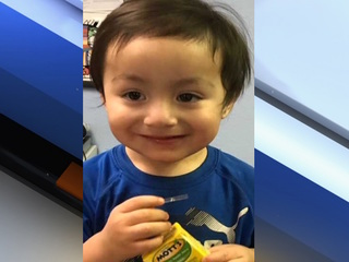 Police locate family of toddler found in Phoenix
