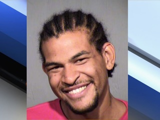 PD: Kidnapper carries toddler