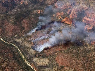 Sycamore Fire has burned 230 acres NW of Sedona