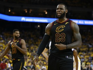 Cavs lose after LeBron's teammate forgets score
